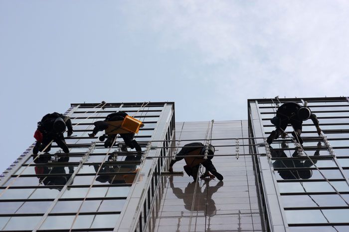 building-window-washing